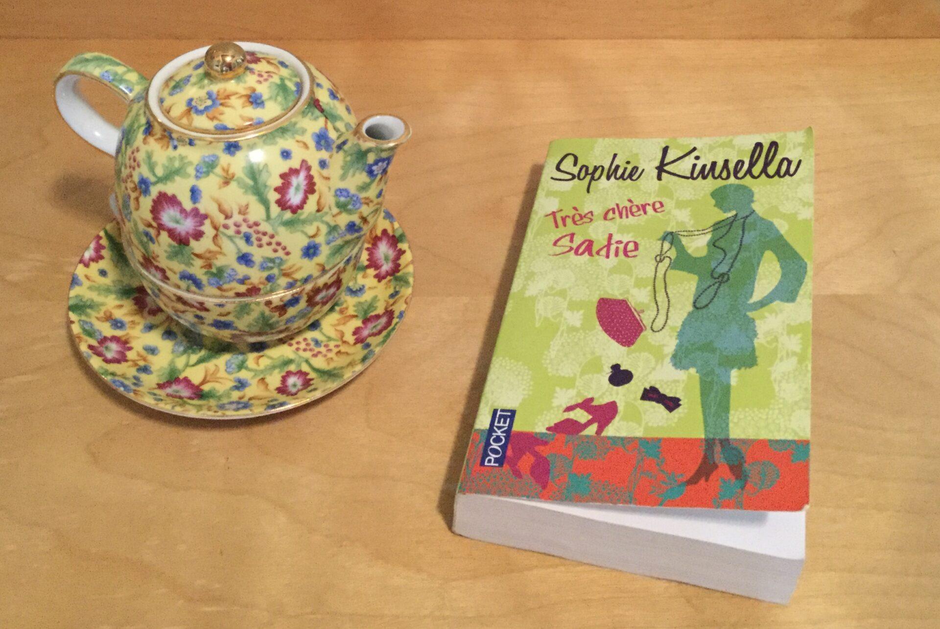 Le livre de Sophie Kinsella et ma théière