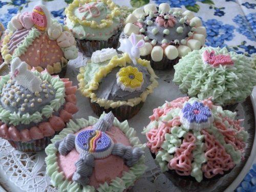 Le plaisir de cuisiner des cupcakes pour Pâques